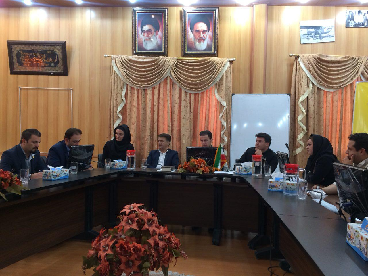 جلسه با اعضای شورای شهر سقز و پیگیری موضوعات تفاهم نامه اداره کل استاندارد و شورای اسلامی استان کردستان