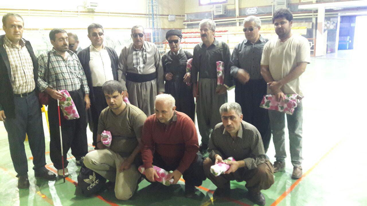 برگزاری مسابقات گلبال نابینایان به مناسبت روز جهانی عصای سفید در شهرستان سقز