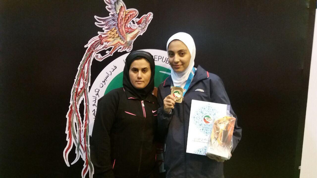 کسب مدال برنز مسابقات کشوری توسط دختر تکواندوکار سقزی