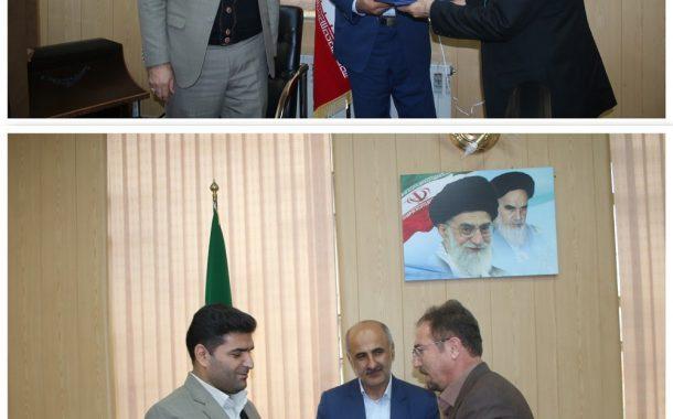 در دیدار فرماندار ویژه سقز با مدیر کل منابع طبیعی استان کردستان بر برخورد قاطع با قاچاقچیان چوب تاکیید شد
