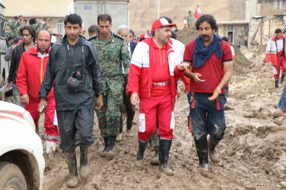 هلال احمر کردستان فرماندهی عملیات امداد و نجات پلدختر را برعهده داشت