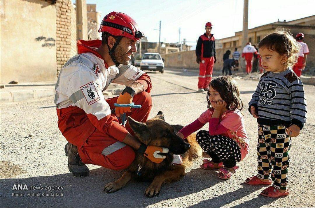 رسانه ها، تصویرحس تداوم زندگی را در مناطق زلزله زده گزارش کنند