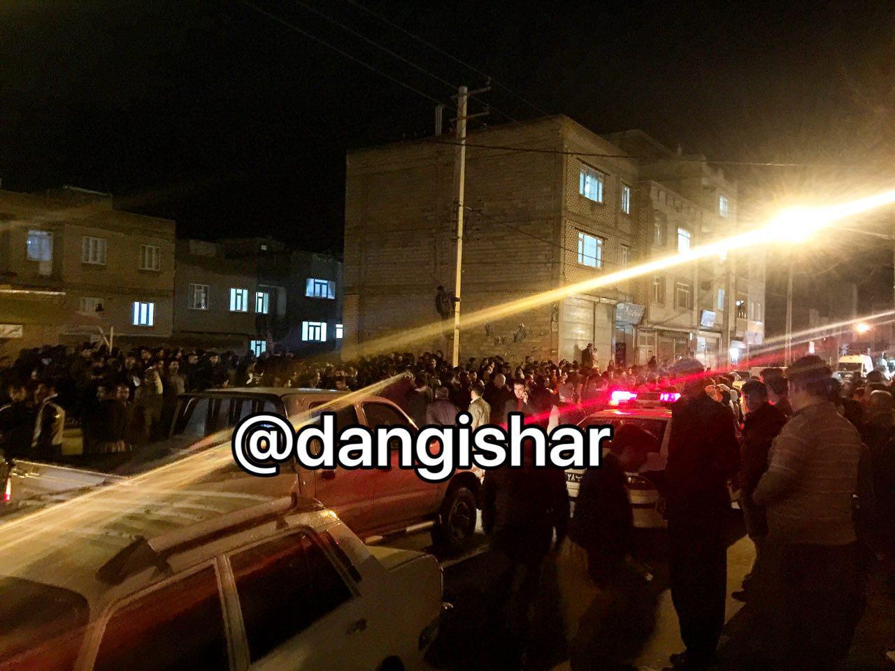 وقوع 2 فقره آتش سوزی در شب چهارشنبه سوری در سقز